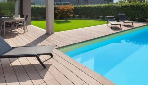Selecting-Hardwood-For-Your-Pool-Deck